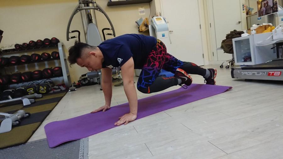 減小腹運動-2