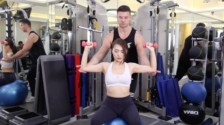 胸肌訓練女士