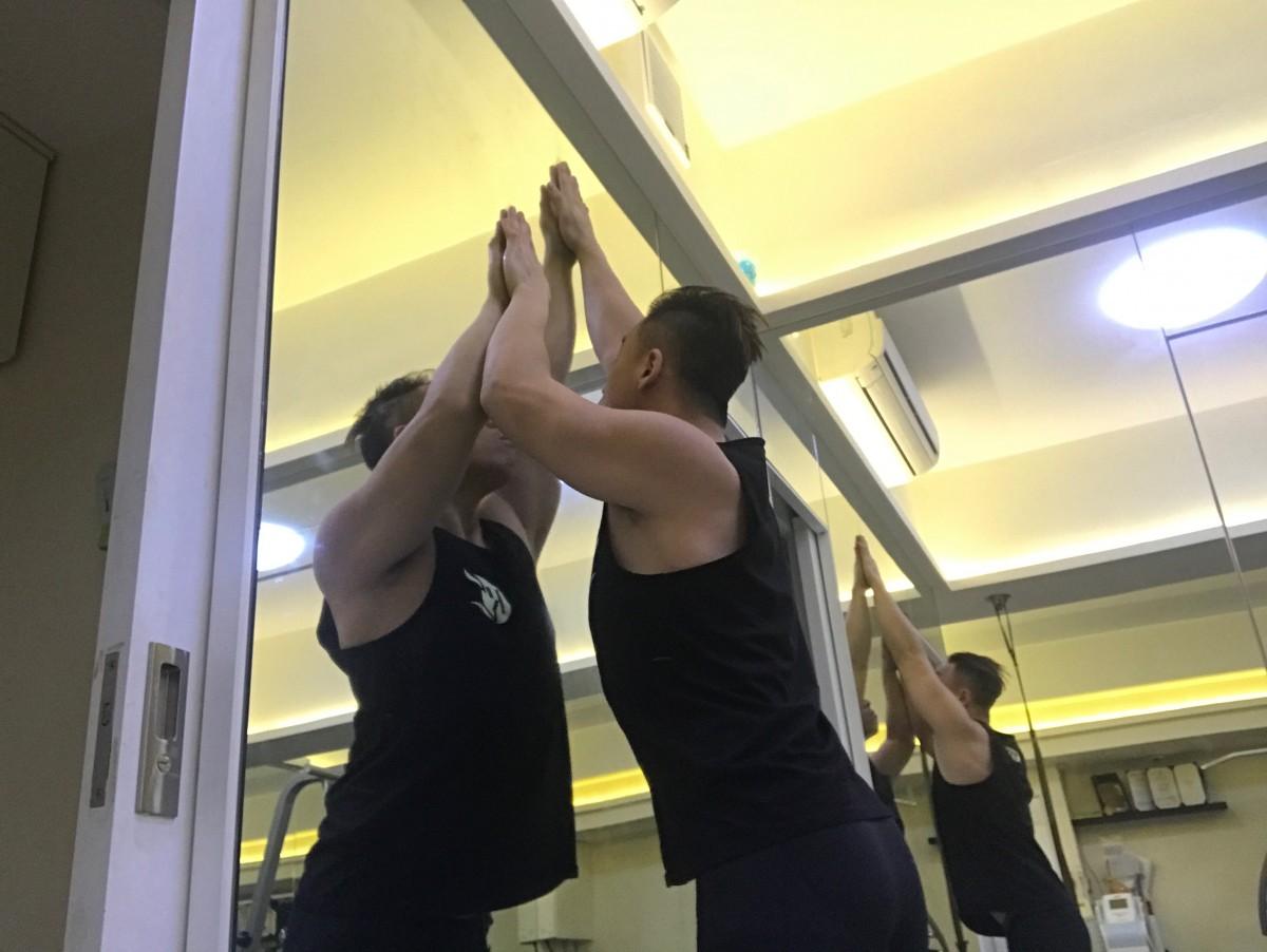 五十肩伸展運動